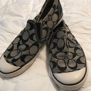 Coach shoes size 8, black and gray